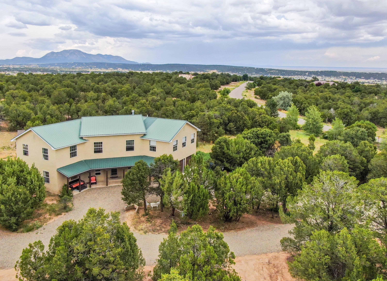 22 Sandia Mountain Ranch Drive, Tijeras NM 87059