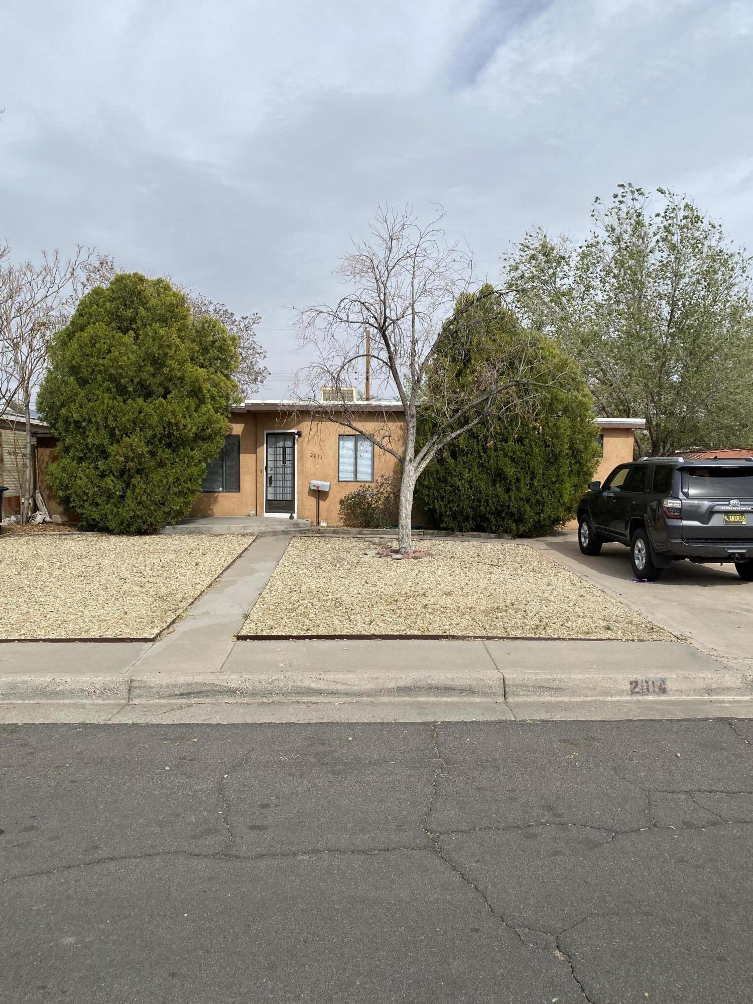 2814 MONROE Street, Albuquerque NM 87110