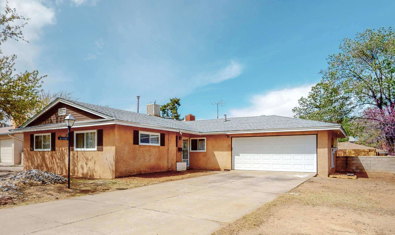3125 INDIANA Street, Albuquerque NM 87110