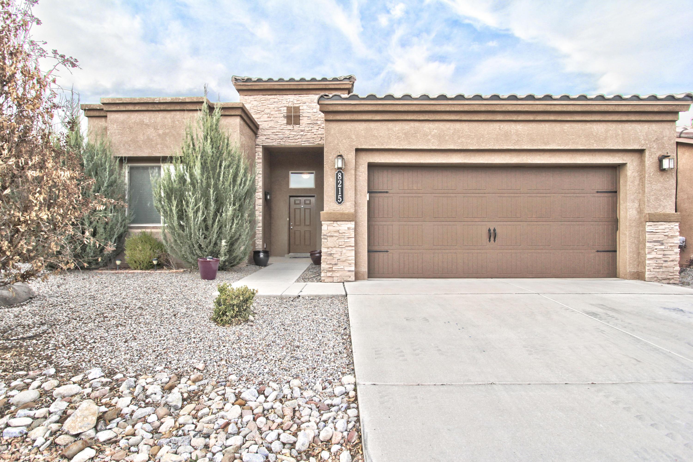 8215 MOCK HEATHER Road, Albuquerque NM 87120