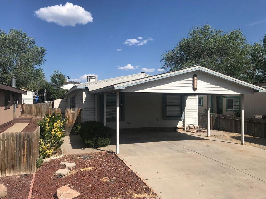8428 CREEK Street, Albuquerque NM 87113