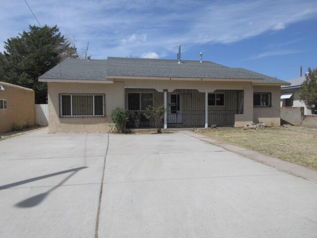 813 INDIANA Street, Albuquerque NM 87108