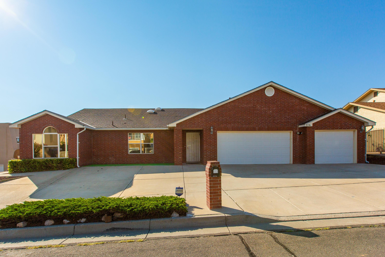 5116 LOMAS DE ATRISCO Road, Albuquerque NM 87105