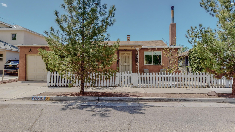 1029 FORRESTER Street, Albuquerque NM 87102