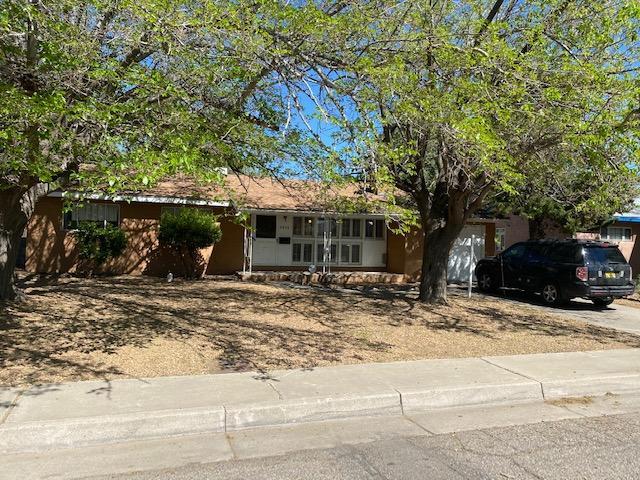 2936 MADEIRA Drive, Albuquerque NM 87110