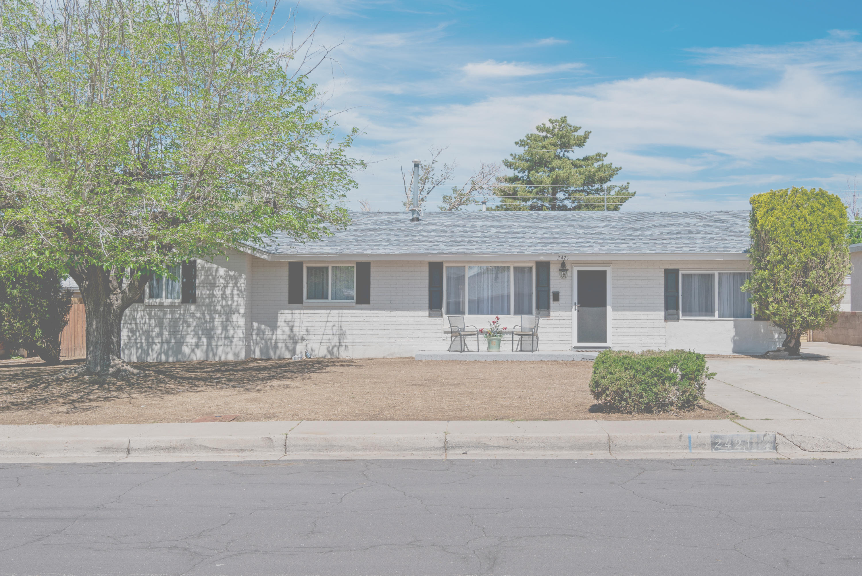 2421 Stevens Drive, Albuquerque NM 87112
