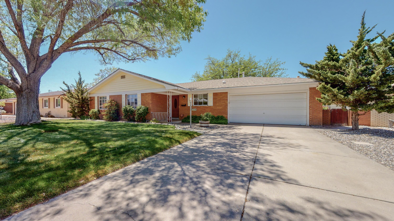 3409 STARDUST Drive, Albuquerque NM 87110