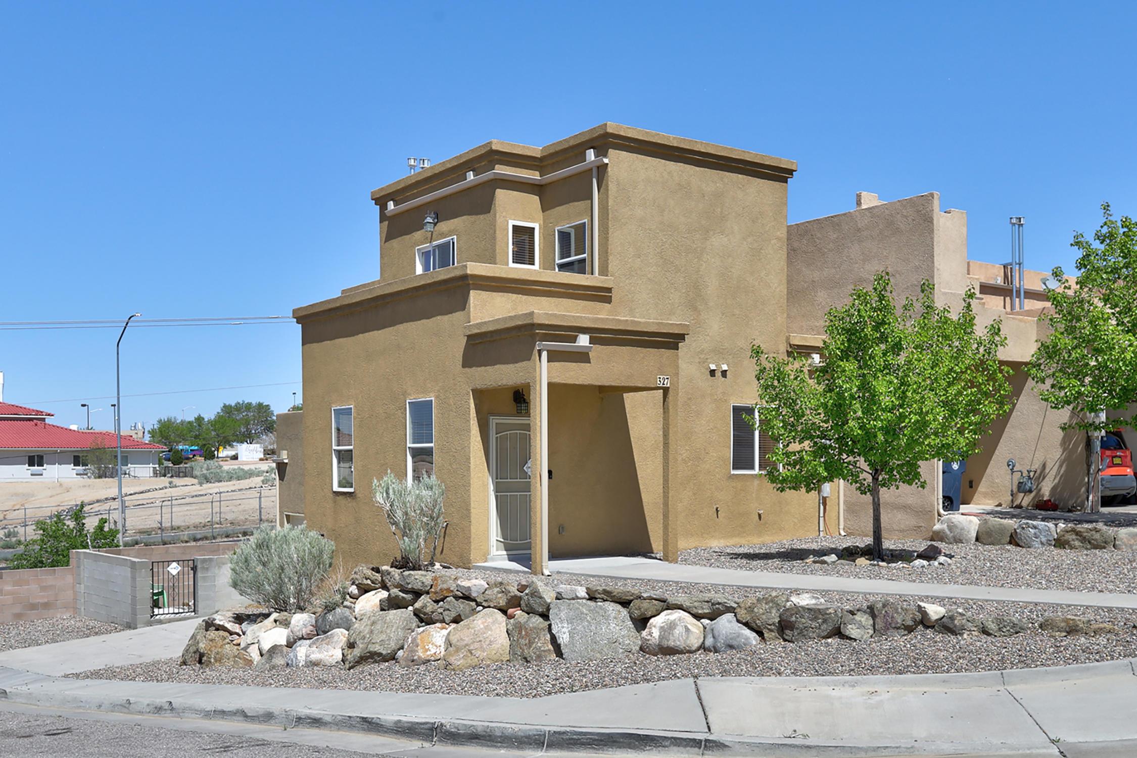 327 LANIER Drive, Albuquerque NM 87123