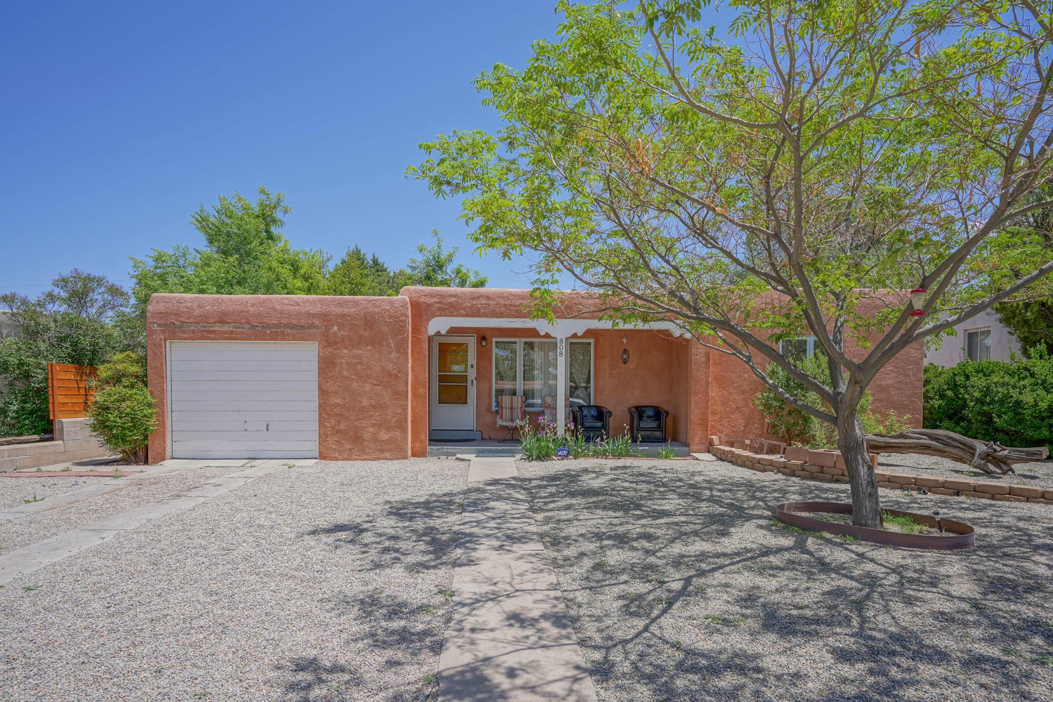 808 MADISON Street, Albuquerque NM 87110