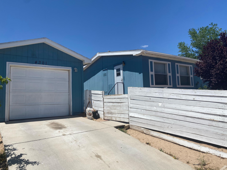 4301 RUGER Road, Albuquerque NM 87121