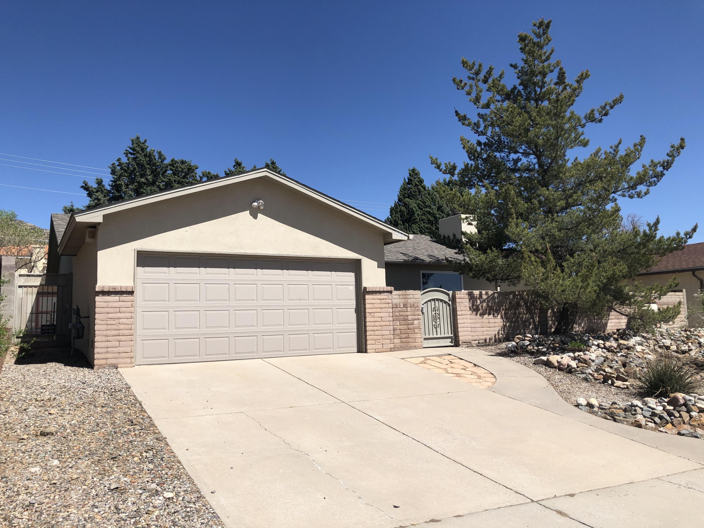 228 MONTE LARGO Drive, Albuquerque NM 87123