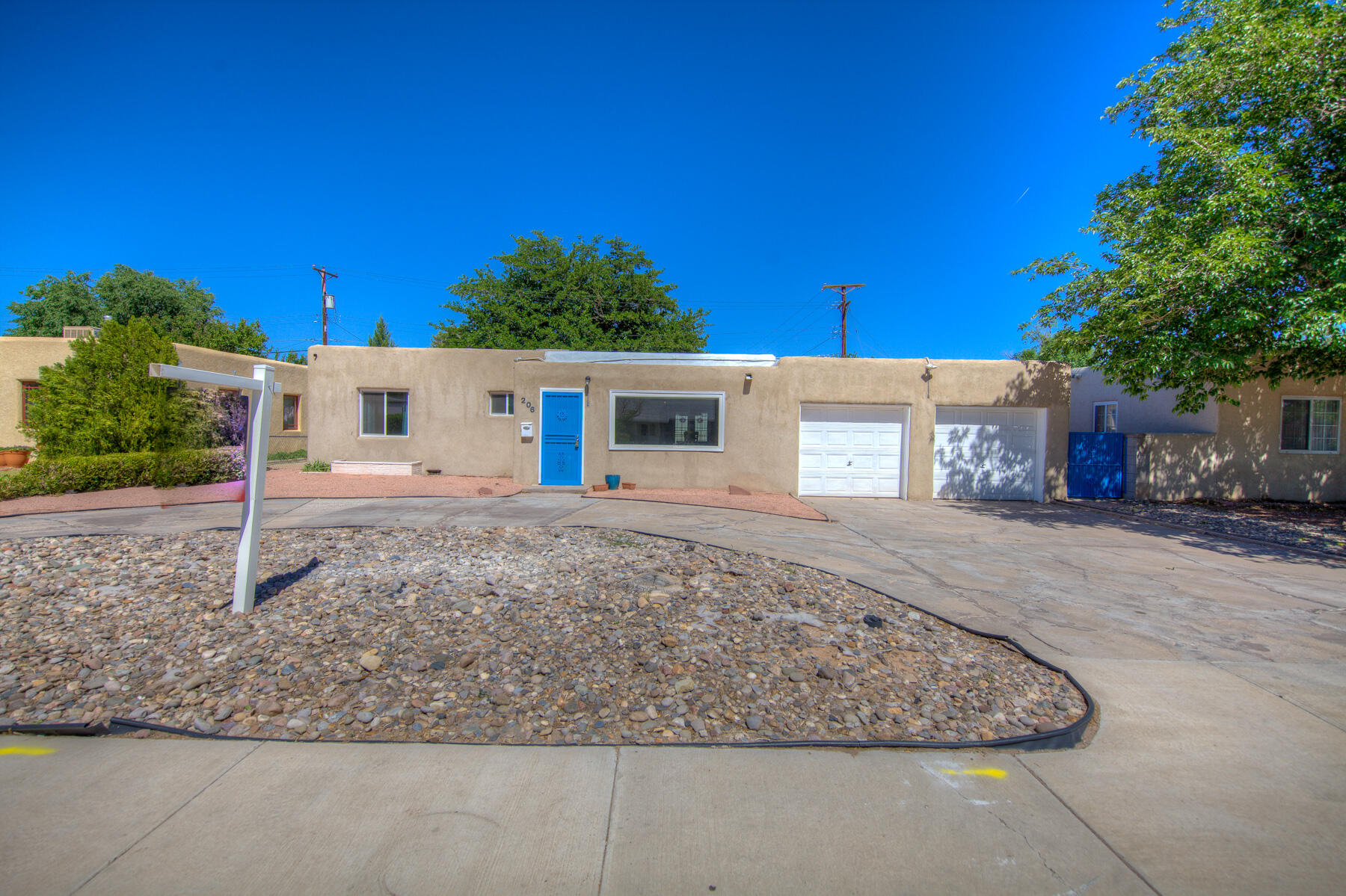 206 MORNINGSIDE Drive, Albuquerque NM 87108