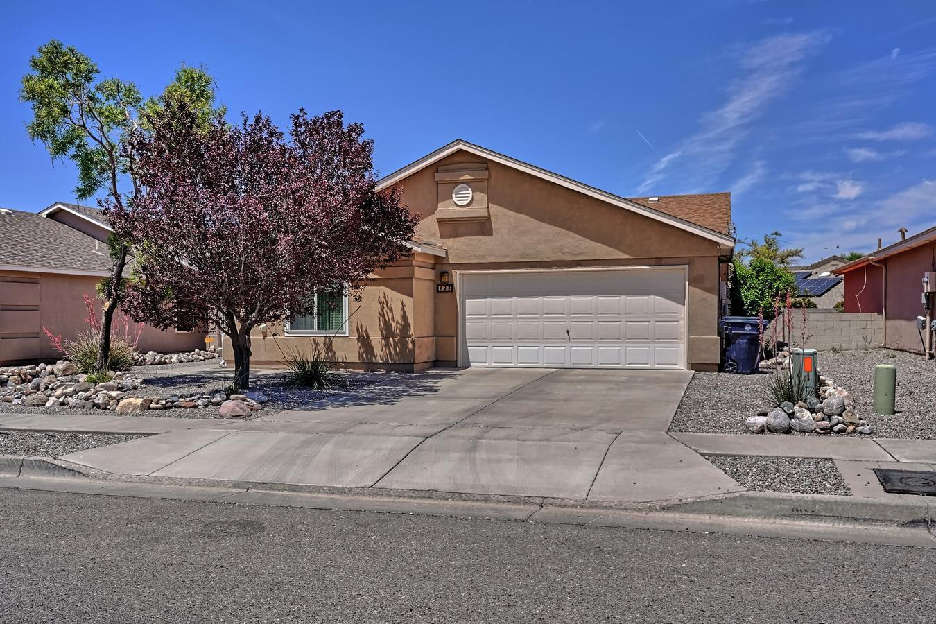 423 DESCHUTES Street, Albuquerque NM 87123