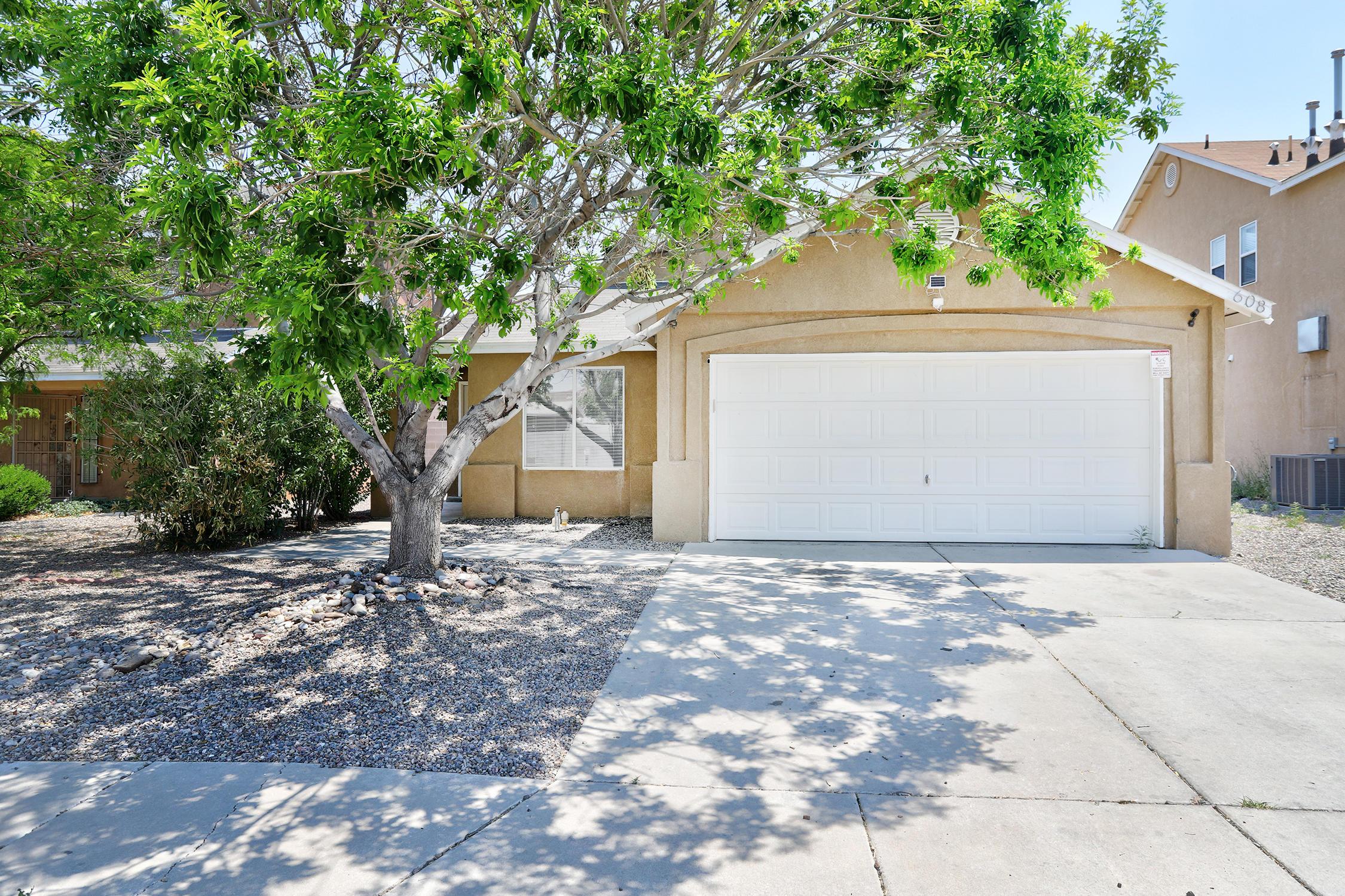 608 LONE PINE Drive, Albuquerque NM 87121