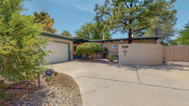 10005 GREENE Avenue, Albuquerque NM 87114