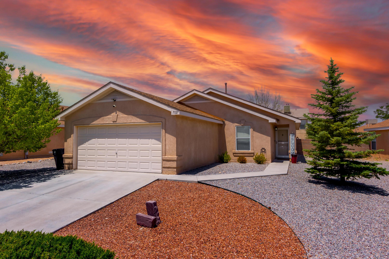 7327 TOLLESON Avenue, Albuquerque NM 87114
