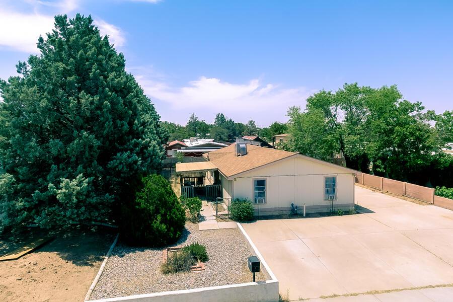 6524 RUTH Avenue, Albuquerque NM 87109