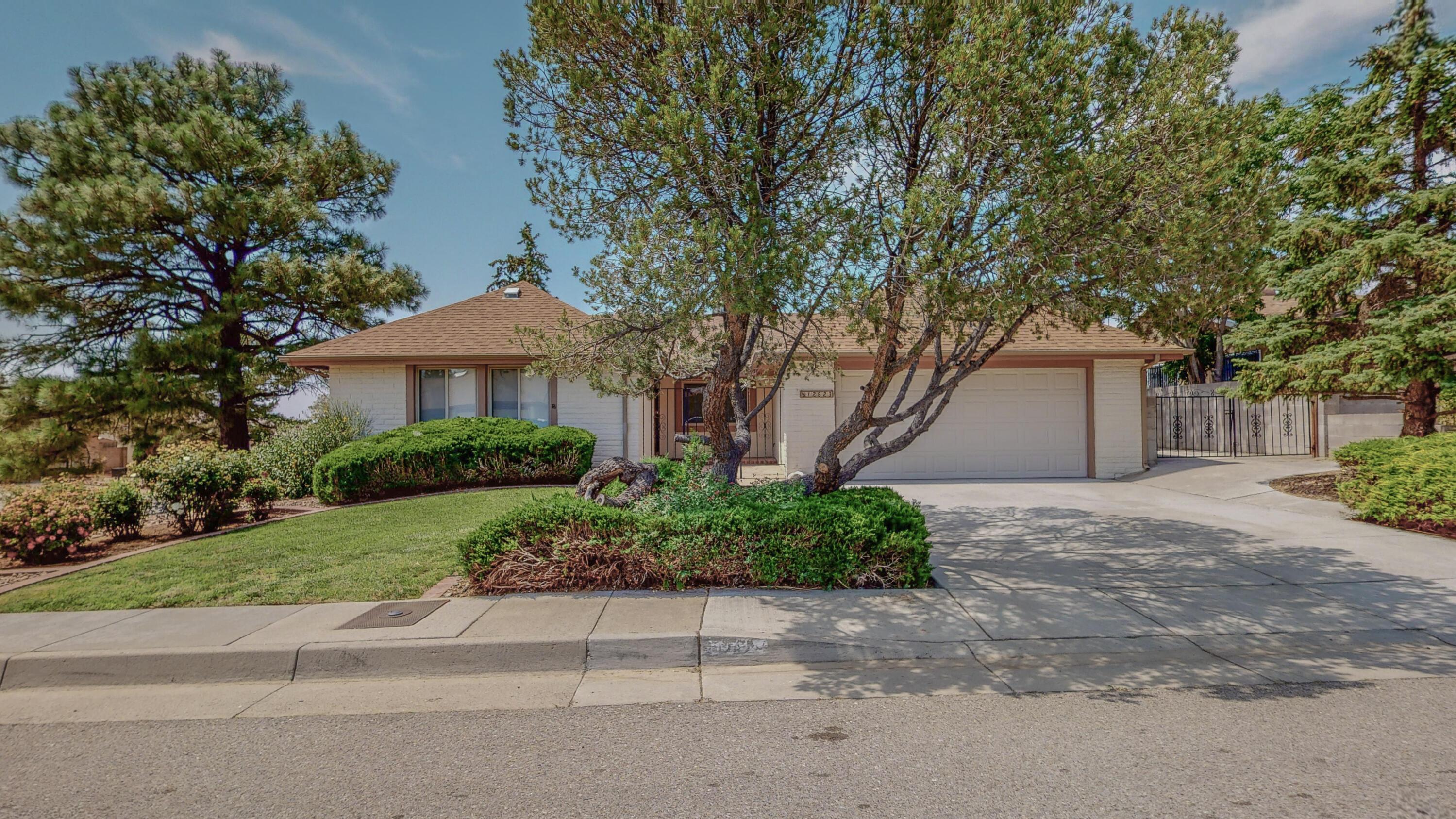 12623 INDIAN Place, Albuquerque NM 87112