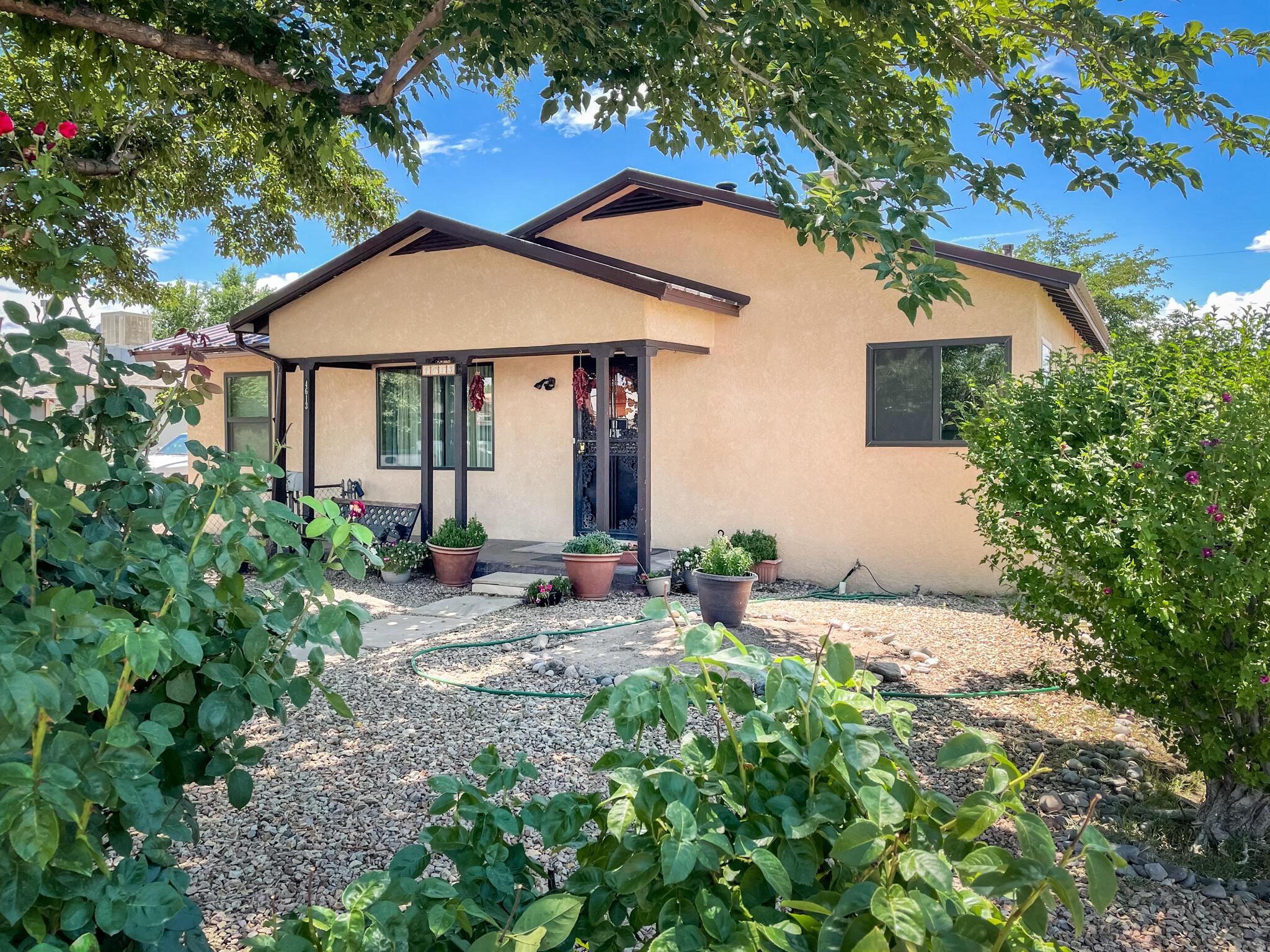 4613 JUPITER Street, Albuquerque NM 87107