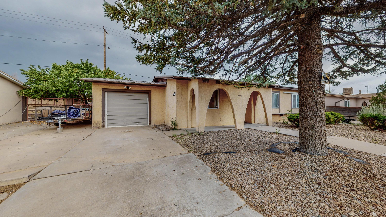 2912 CALLE DE PINOS ALTOS, Santa Fe NM 87507