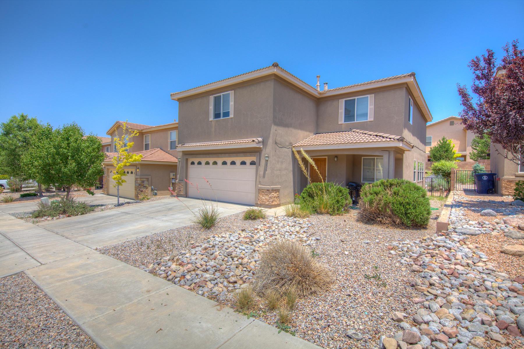 1816 Black Gold Road, Albuquerque NM 87123