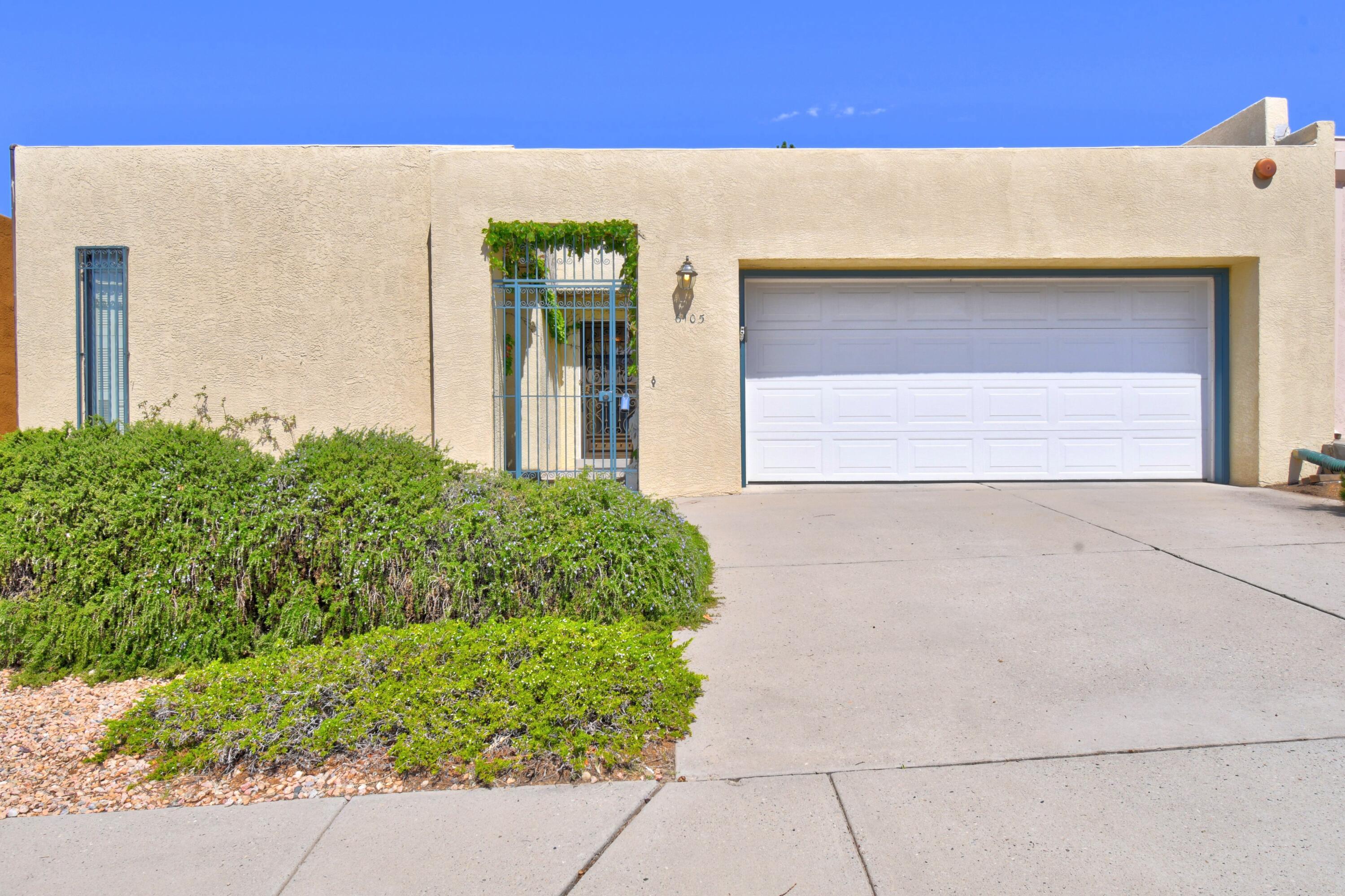 6105 RIO HONDO Drive, Albuquerque NM 87109