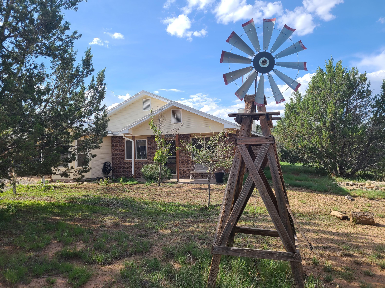 5 Appaloosa Lane, Edgewood NM 87015