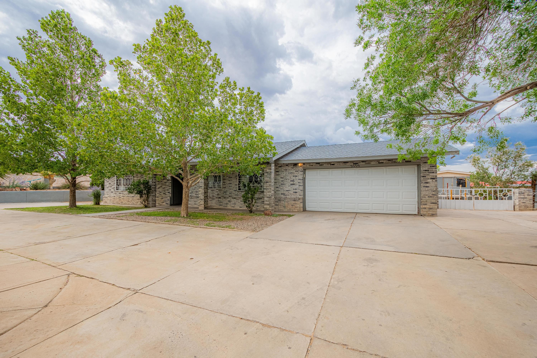 3005 Donna Maria Drive, Albuquerque NM 87105
