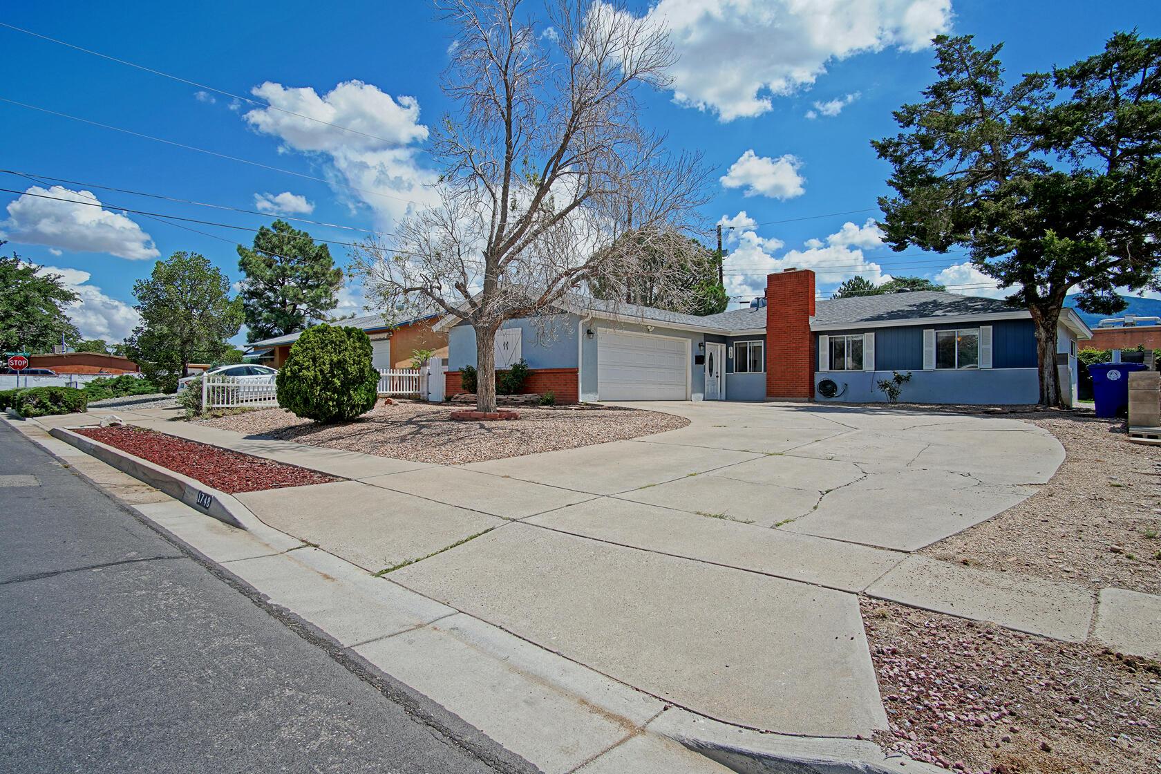1748 BLUME Street, Albuquerque NM 87112