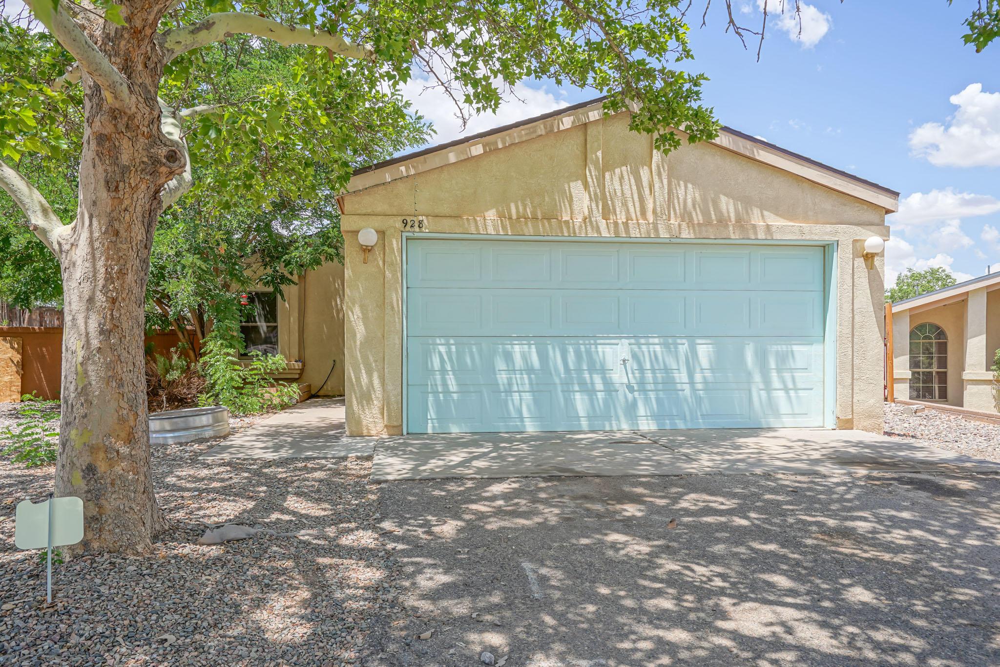 928 CHARLES Drive, Rio Rancho NM 87144