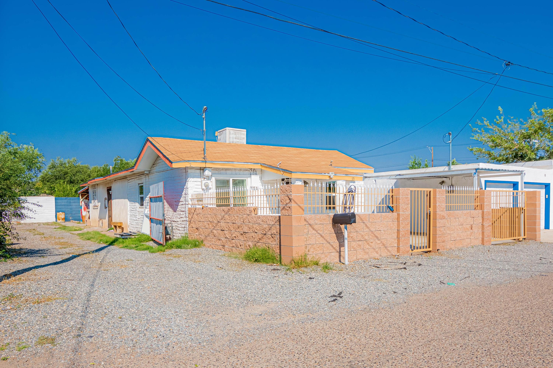 115 48TH Street, Albuquerque NM 87105