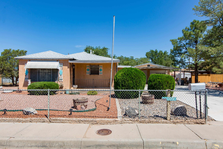 1327 PONDEROSA Avenue, Albuquerque NM 87107