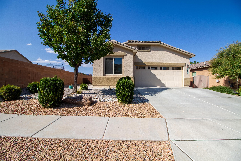 8327 MOCK HEATHER Road, Albuquerque NM 87120