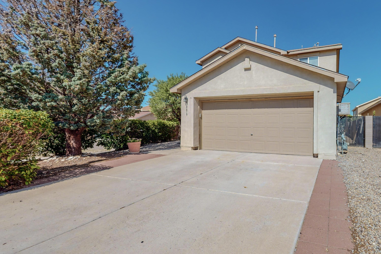 8619 Casa De Luz Court, Albuquerque NM 87120
