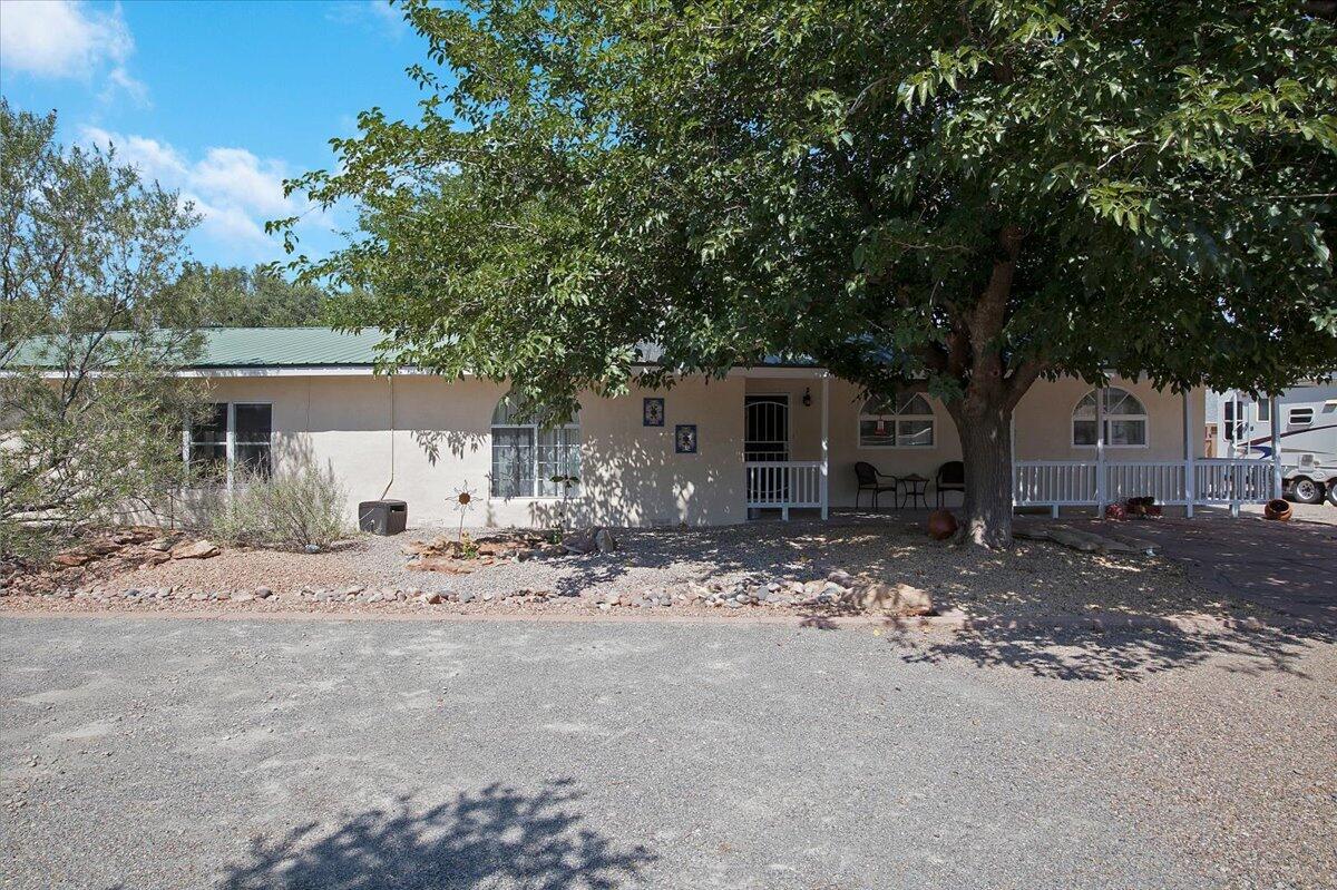601 El Pueblo Road, Los Ranchos NM 87107