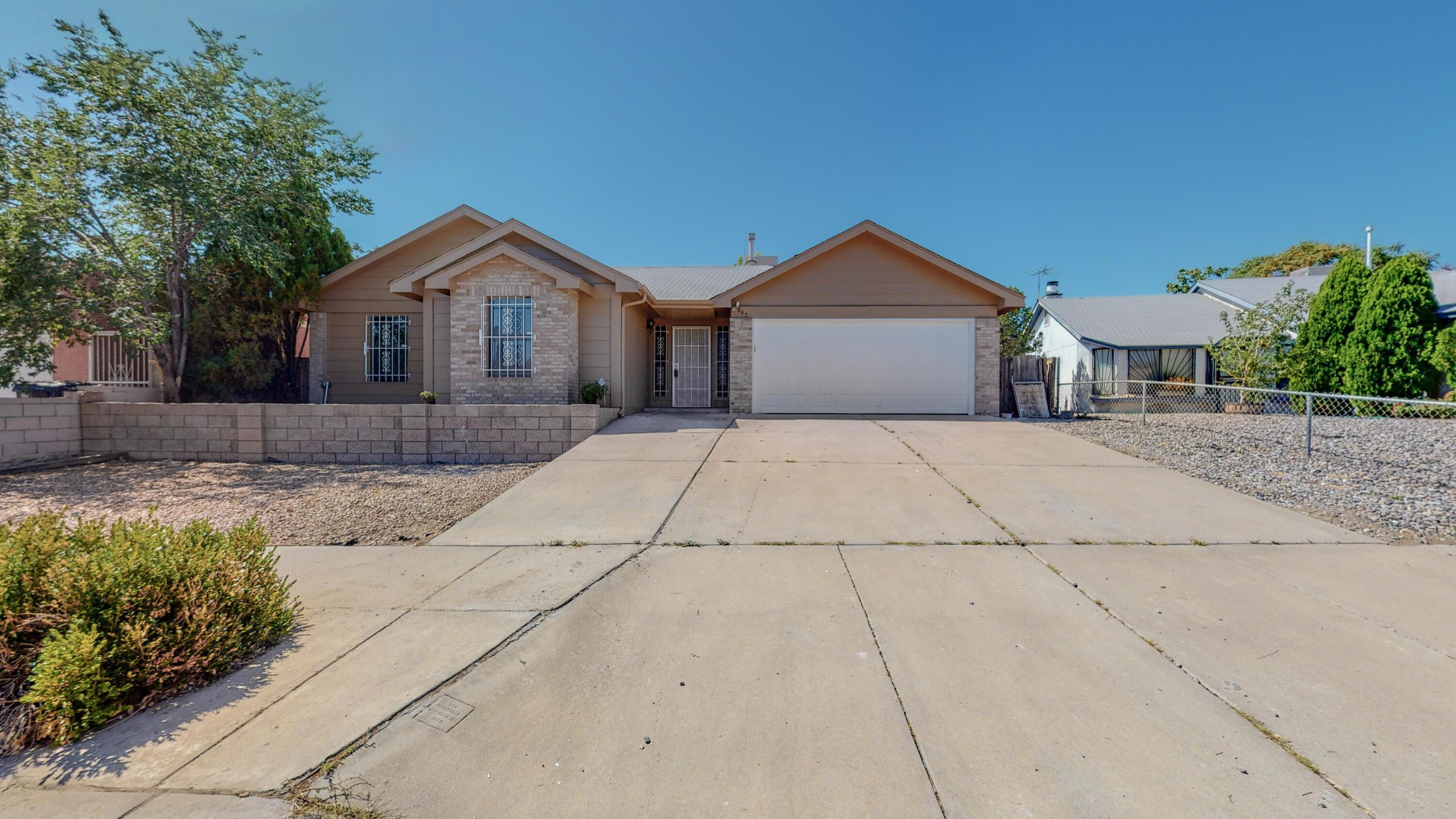 847 Sunbird Road, Albuquerque NM 87121