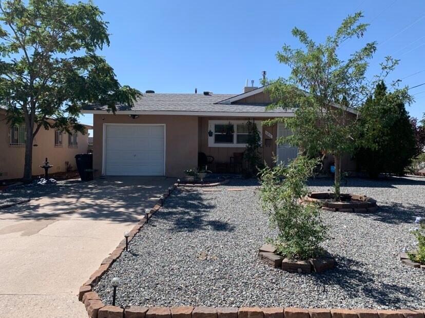 1313 CLANCY Drive, Albuquerque NM 87112