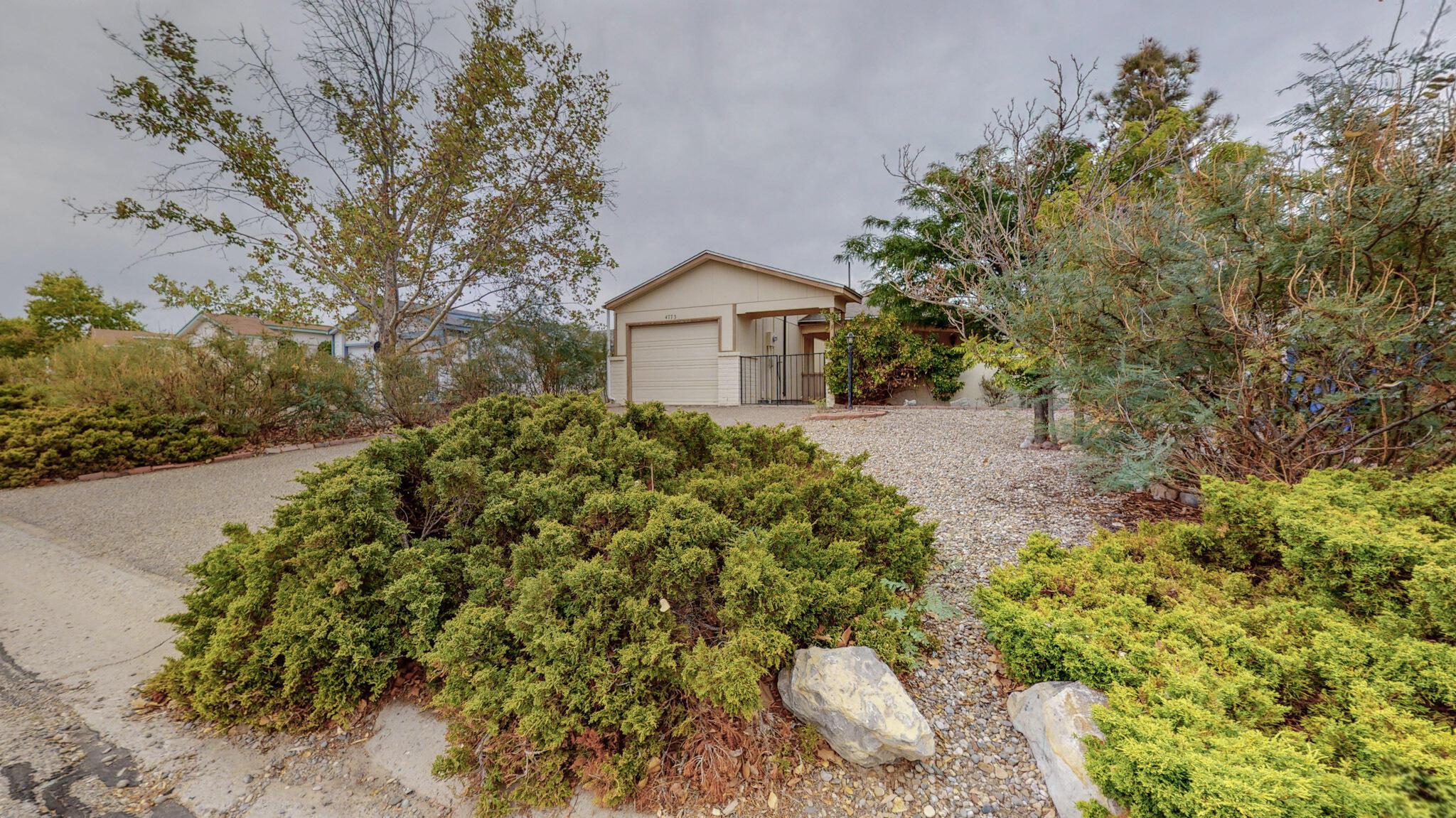 4773 PLATINUM Drive, Rio Rancho NM 87124