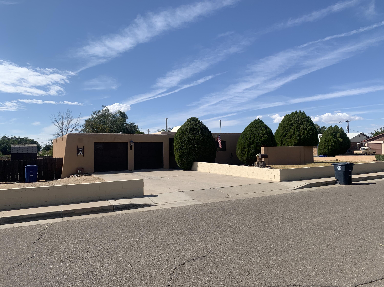 3511 MORNINGSIDE Drive, Albuquerque NM 87110