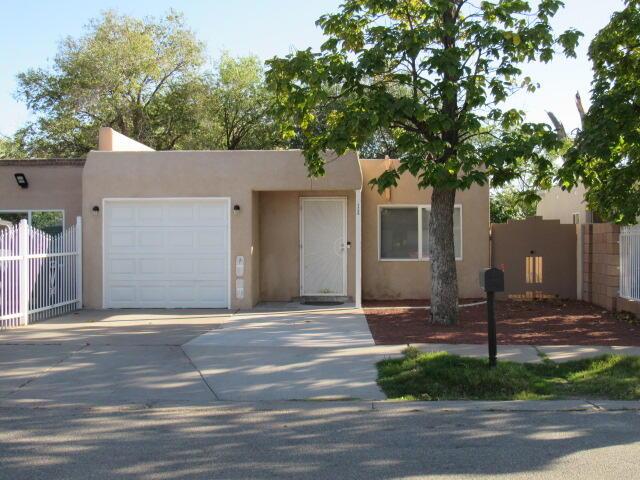 1720 SIRIUS Avenue, Albuquerque NM 87105